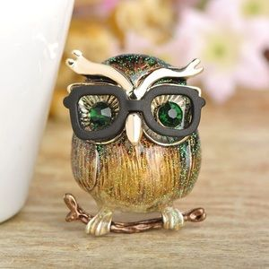 Jewelry - Gold Brown Owl Bird Brooch